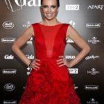 Spektakularna suknia Carlo Rossi z tysięcy płatków róż