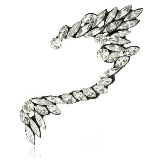 Sztuczna biżuteria: naszyjniki, kolczyki, bransolety, nausznice, pierścionki