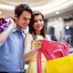 Kobiety na internetowych zakupach