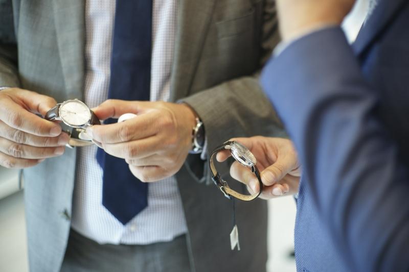 Najnowszy skandynawski minimalizm zamknięty w kopercie zegarka