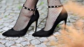 Jakie buty wybrać w karnawale? Moda, LIFESTYLE - Karnawał to czas licznych bali, imprez i domówek. Głównym zadaniem dobranej na te okazje kreacji jest błyszczeć! Dozwolone są cekiny, brokat i zabawa nie tylko w tańcu, ale również modą.