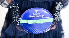 Śliwka Nałęczowska partnerem pokazu kolekcji Lidii Kality Moda, LIFESTYLE - Śliwka Nałęczowska po raz kolejny została partnerem pokazu znanej i cenionej projektantki mody, Lidii Kality. Marka pralin wsparła premierową prezentację kolekcji jesień/zima 2018/2019. Śliwka Nałęczowska konsekwentnie promuje elegancję, dobry smak i wyrafinowany design.