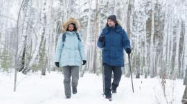 My się zimy nie boimy! Moda, LIFESTYLE - Tej zimy jedyną zasadą jest radość z wędrówki! Skorzystajmy ze zbliżającego się zimowego czasu i nie rezygnujmy z rodzinnych spacerów. Albowiem chłodne miesiące potrafią dostarczyć równie wiele radości, co te letnie!