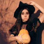 Co ubrać na przyjęcie Halloweenowe – jeśli nie chcesz się przebierać