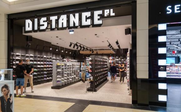 Distance otworzył się w Magnolia Park Moda, LIFESTYLE - Do grona najemców największego centrum handlowego na Dolnym Śląsku dołączył dziś dynamicznie rozwijający się Distance. To pierwszy sklep tej sieci we Wrocławiu i równocześnie 15 marka obuwnicza obecna w Magnolia Park.